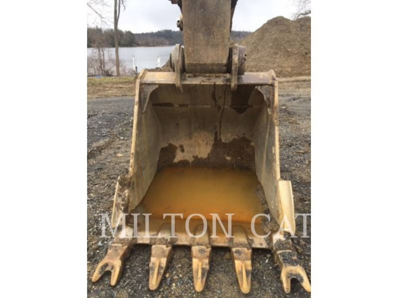 CATERPILLAR TRACK EXCAVATORS 330 D  equipment  photo 5