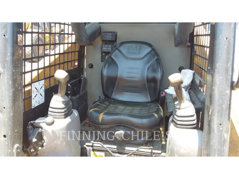 CATERPILLAR SKID STEER LOADERS 236B3 equipment  photo 6