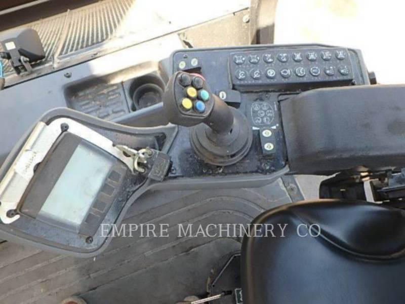 CATERPILLAR VIBRATORY DOUBLE DRUM ASPHALT CB44B equipment  photo 9