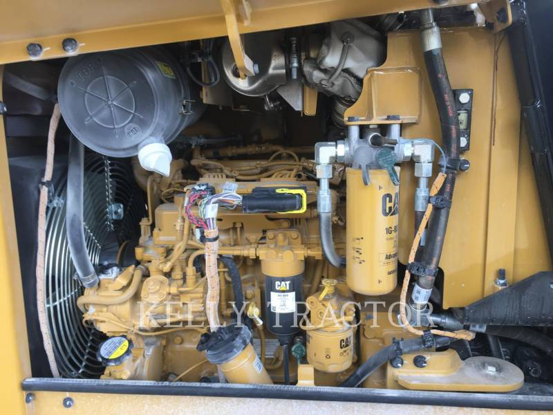 CATERPILLAR VIBRATORY SINGLE DRUM SMOOTH CS 34 equipment  photo 9