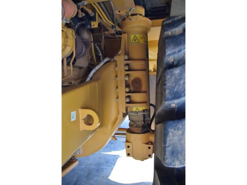 CATERPILLAR 鉱業用ダンプ・トラック 773 G equipment  photo 8