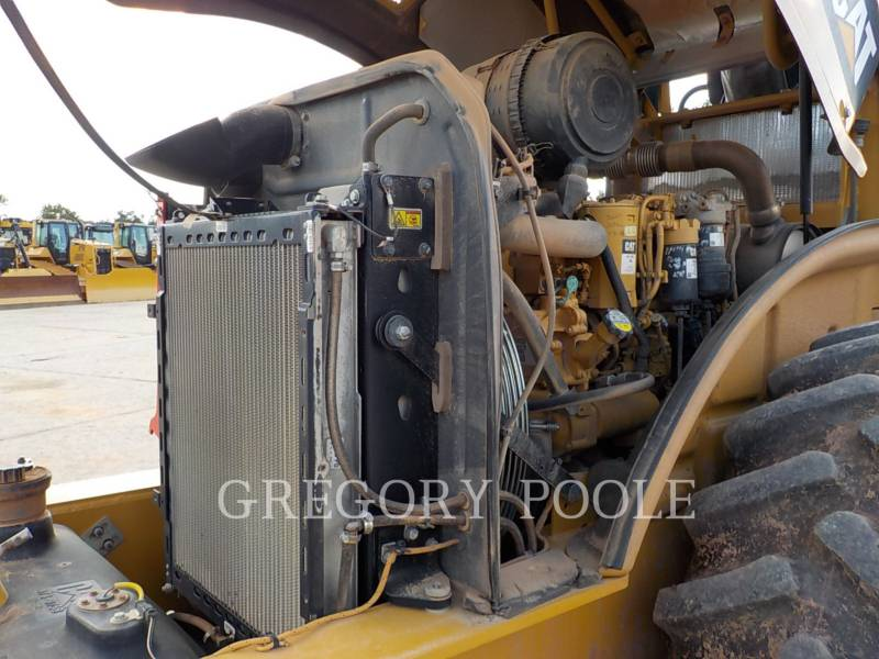 CATERPILLAR EINZELVIBRATIONSWALZE, BANDAGE CP56B equipment  photo 23