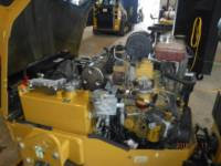 CATERPILLAR VIBRATORY DOUBLE DRUM ASPHALT CB24B equipment  photo 10