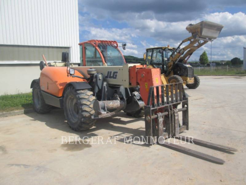 JLG INDUSTRIES (EUROPE) CHARGEUR À BRAS TÉLESCOPIQUE 3513 equipment  photo 2