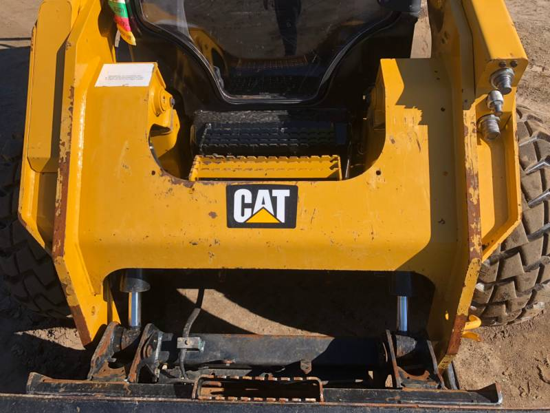 CATERPILLAR SKID STEER LOADERS 262D equipment  photo 18