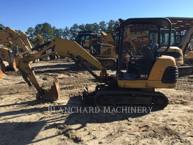 CATERPILLAR TRACK EXCAVATORS 302.5 equipment  photo 3