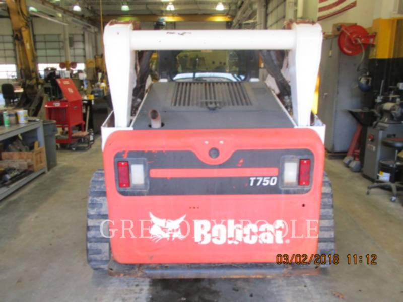BOBCAT CHARGEURS TOUT TERRAIN T750 equipment  photo 4