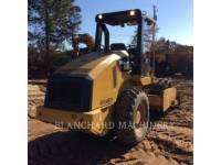 CATERPILLAR ASPHALT DISTRIBUTORS CP44 equipment  photo 3