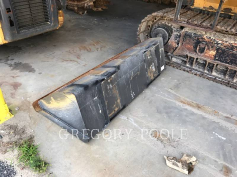 NEW HOLLAND LTD. SKID STEER LOADERS LX565 equipment  photo 7