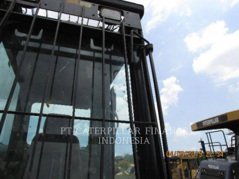 Caterpillar EXCAVATOARE PE ŞENILE 320D equipment  photo 2