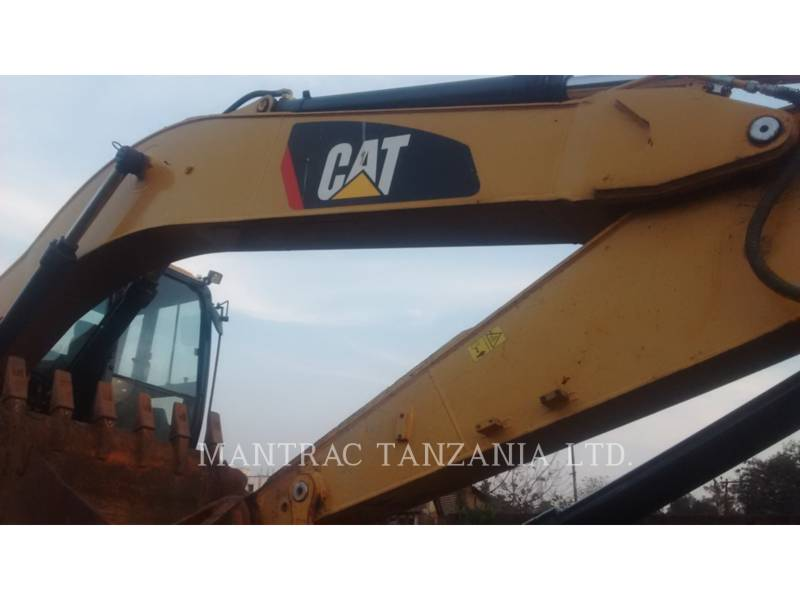 CATERPILLAR TRACK EXCAVATORS 320 D equipment  photo 5