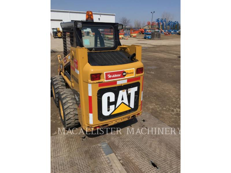 CATERPILLAR KOMPAKTLADER 226B3 equipment  photo 2