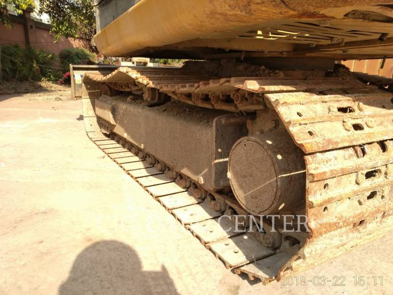 CATERPILLAR TRACK EXCAVATORS 305.5E2 equipment  photo 14
