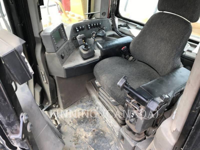 CATERPILLAR TRACTEURS SUR CHAINES D10T equipment  photo 16