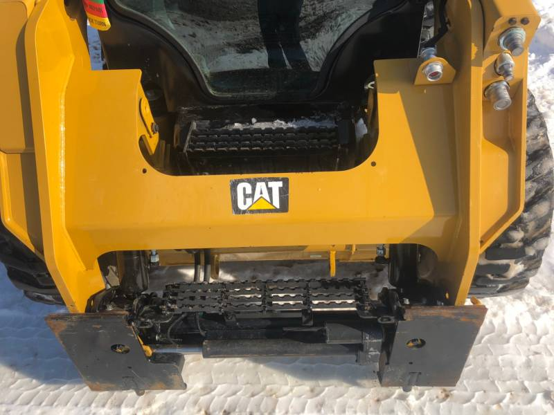 CATERPILLAR PALE COMPATTE SKID STEER 242D equipment  photo 17