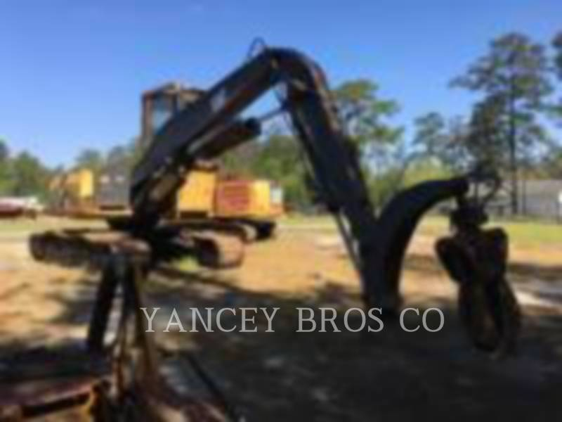 CATERPILLAR TRACK EXCAVATORS 320L equipment  photo 14