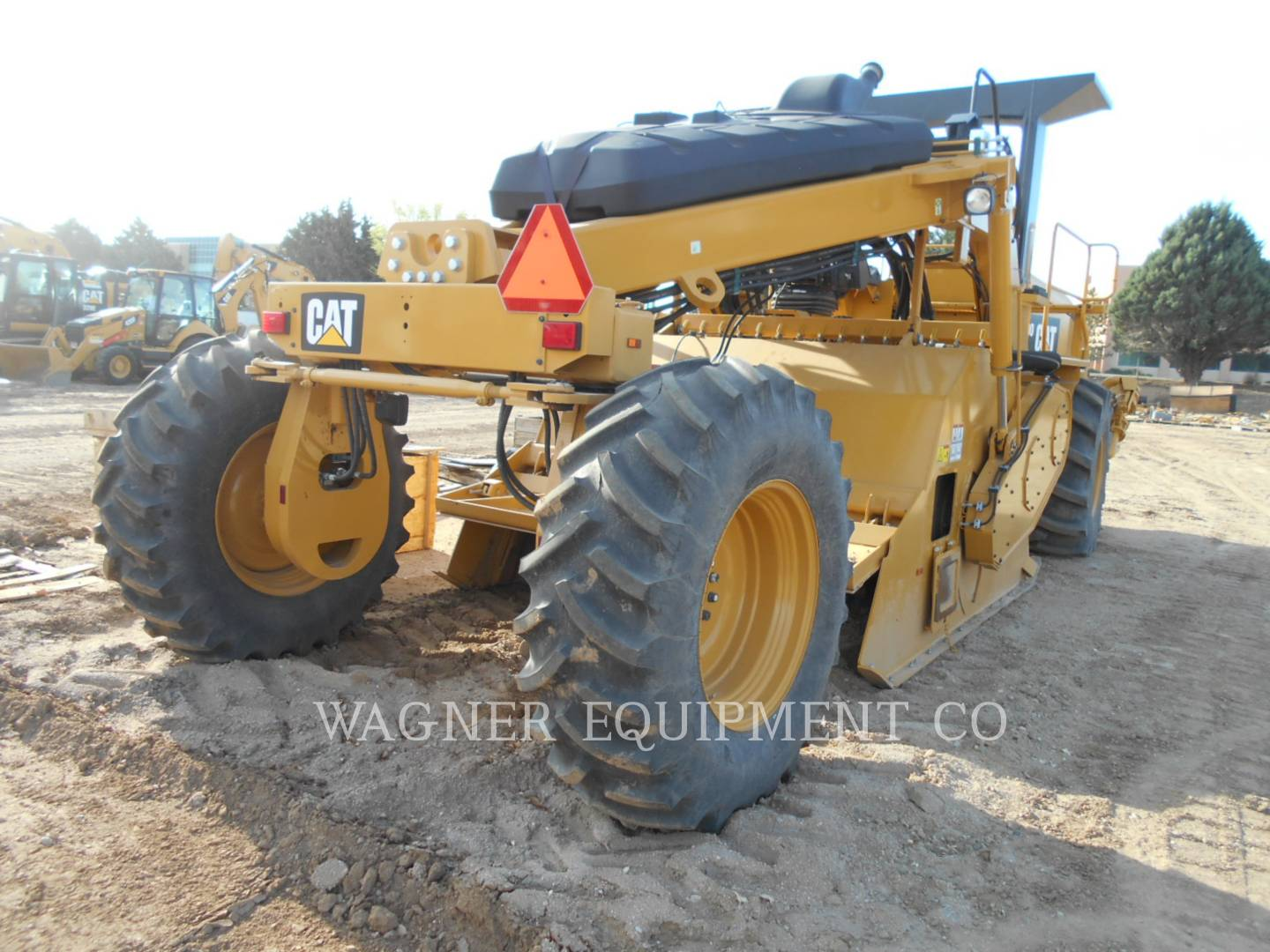Detail photo of 2016 Caterpillar RM300 from Construction Equipment Guide