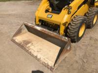 CATERPILLAR SKID STEER LOADERS 262 D equipment  photo 15