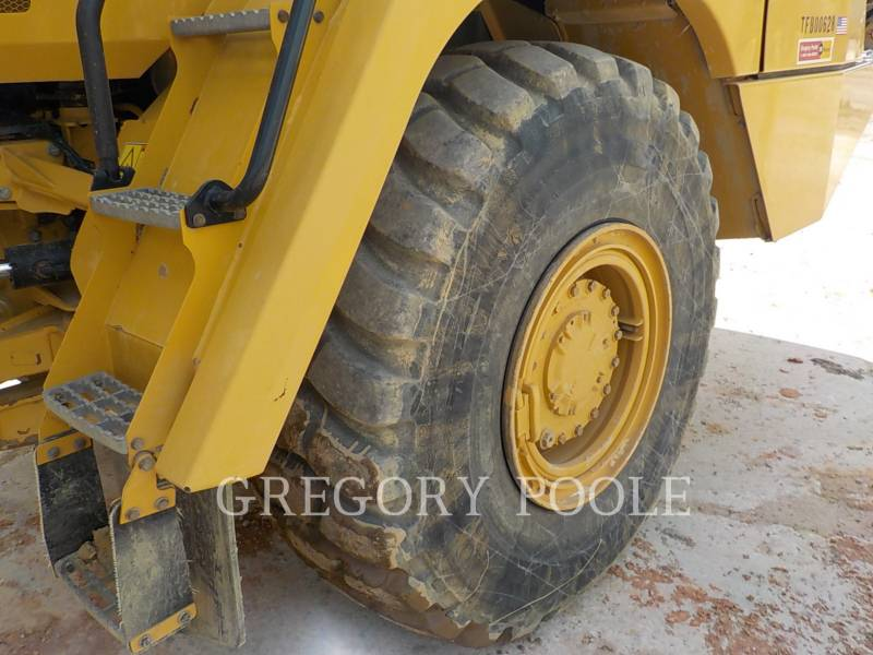 CATERPILLAR DUMPER ARTICOLATI 725C equipment  photo 21