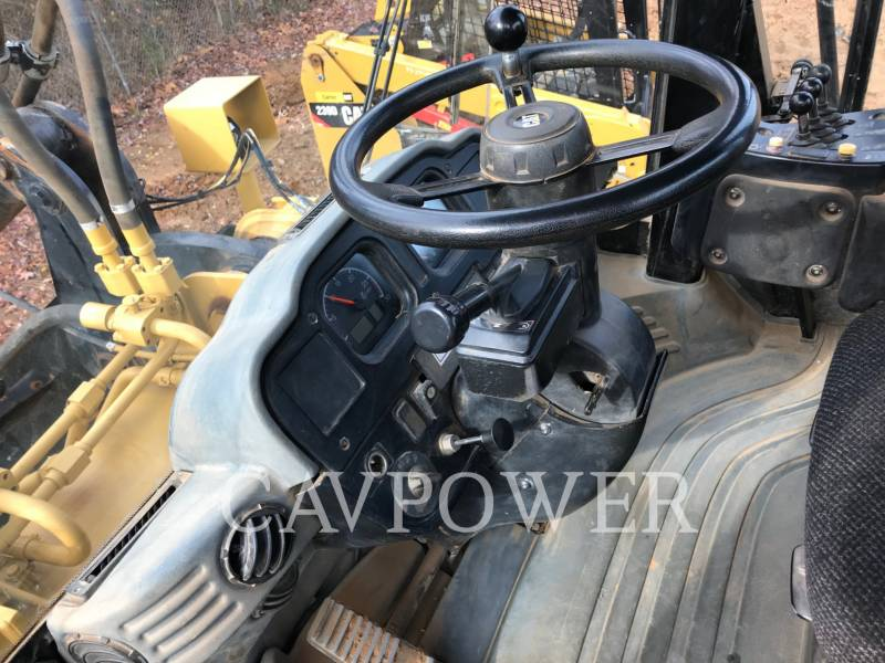 CATERPILLAR WHEEL LOADERS/INTEGRATED TOOLCARRIERS IT62H equipment  photo 9