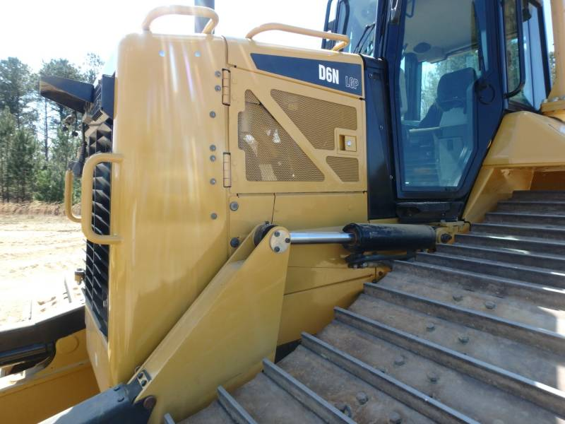 CATERPILLAR ブルドーザ D6NLGP equipment  photo 16