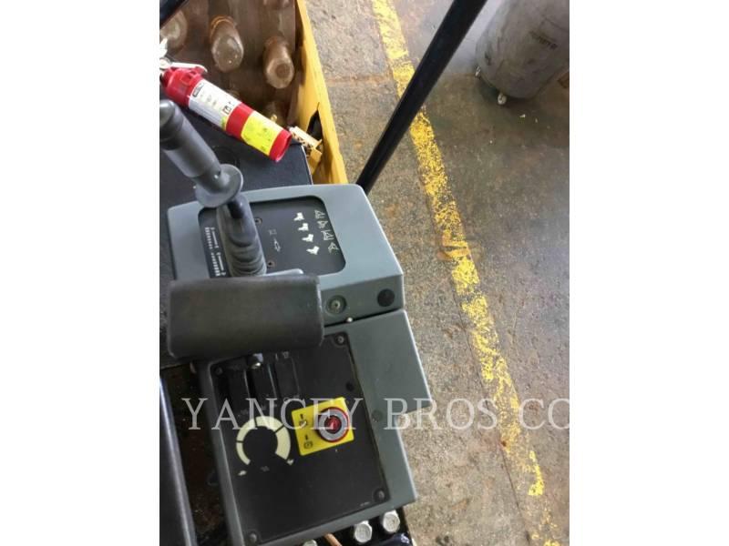 CATERPILLAR VIBRATORY SINGLE DRUM PAD CP44 equipment  photo 10