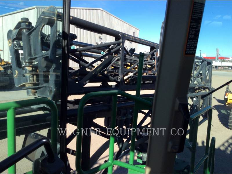 DEERE & CO. PULVERIZADOR 4930 equipment  photo 15