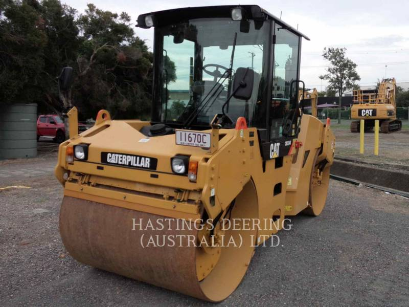 CATERPILLAR TAMBOR DOBLE VIBRATORIO ASFALTO CB-534D equipment  photo 4