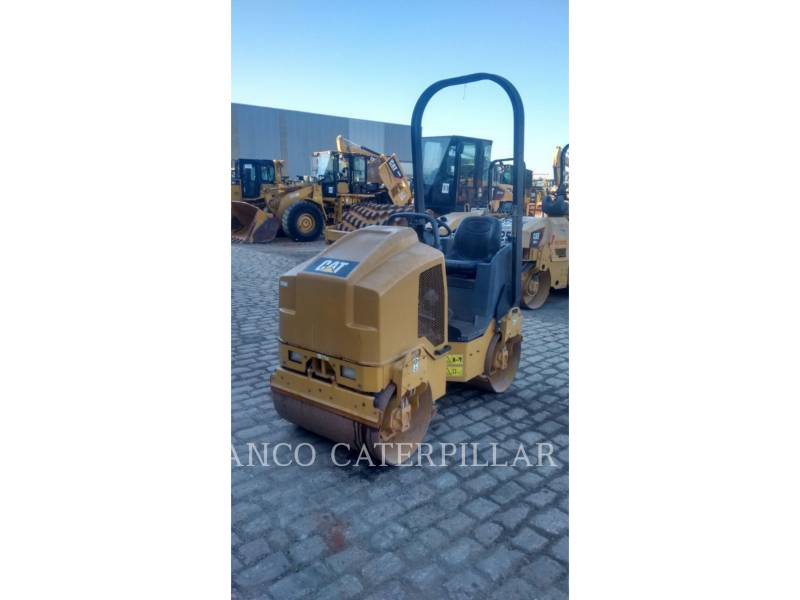 CATERPILLAR ROLO COMPACTADOR DE ASFALTO DUPLO TANDEM CB14B equipment  photo 2