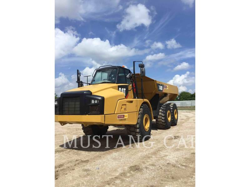 CATERPILLAR KNIKGESTUURDE TRUCKS 740B equipment  photo 1