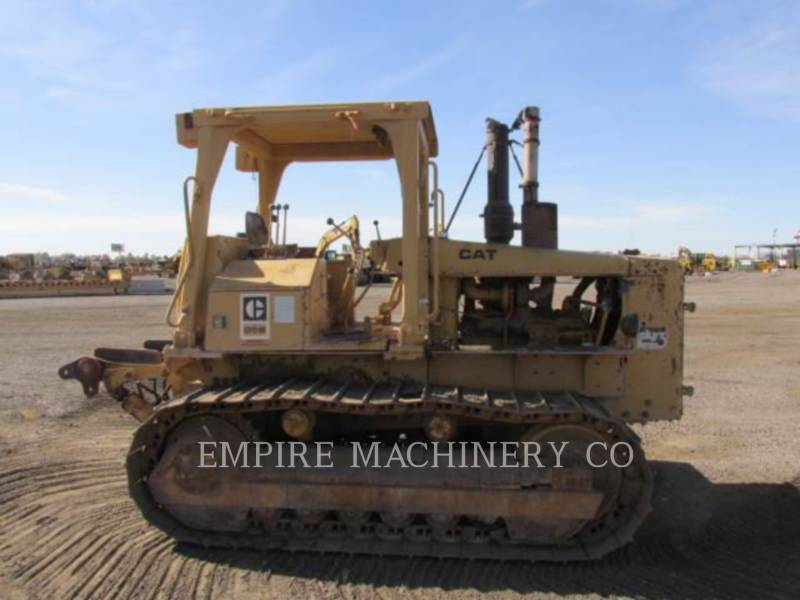 CATERPILLAR TRACK TYPE TRACTORS D5B equipment  photo 6