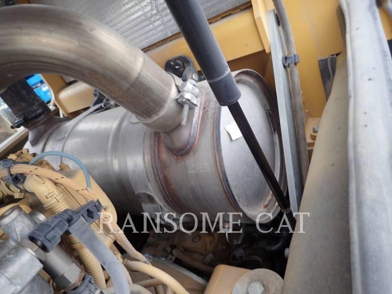 CATERPILLAR VIBRATORY SINGLE DRUM SMOOTH CS56B equipment  photo 17