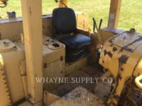 CATERPILLAR TRACK TYPE TRACTORS D9H equipment  photo 18