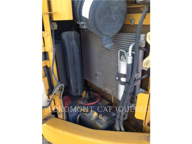 JOHN DEERE EXCAVADORAS DE CADENAS 85D equipment  photo 8
