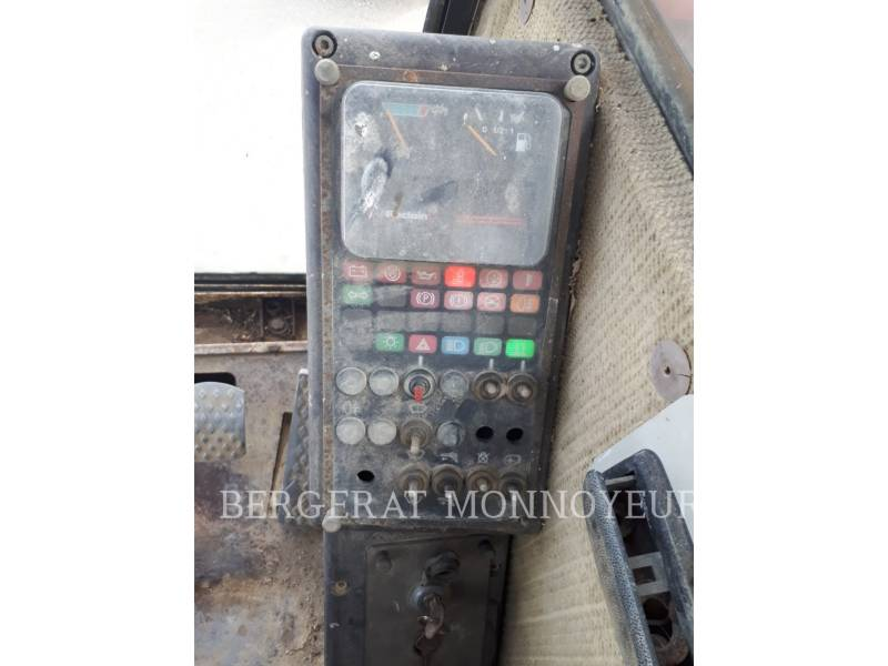 POCLAIN WHEEL EXCAVATORS P61 equipment  photo 5
