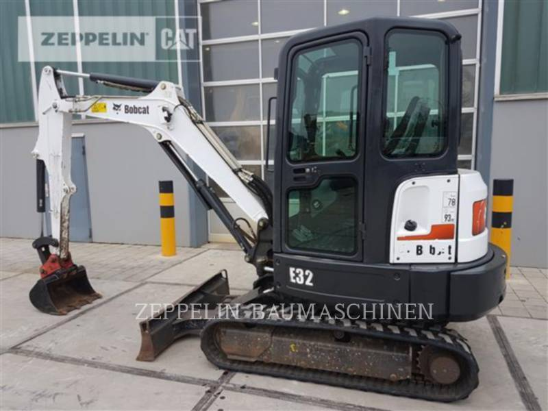 BOBCAT KOPARKI GĄSIENICOWE E32 equipment  photo 2