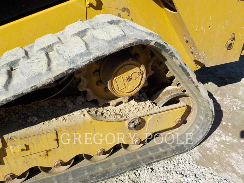 CATERPILLAR CHARGEURS TOUT TERRAIN 289D equipment  photo 17