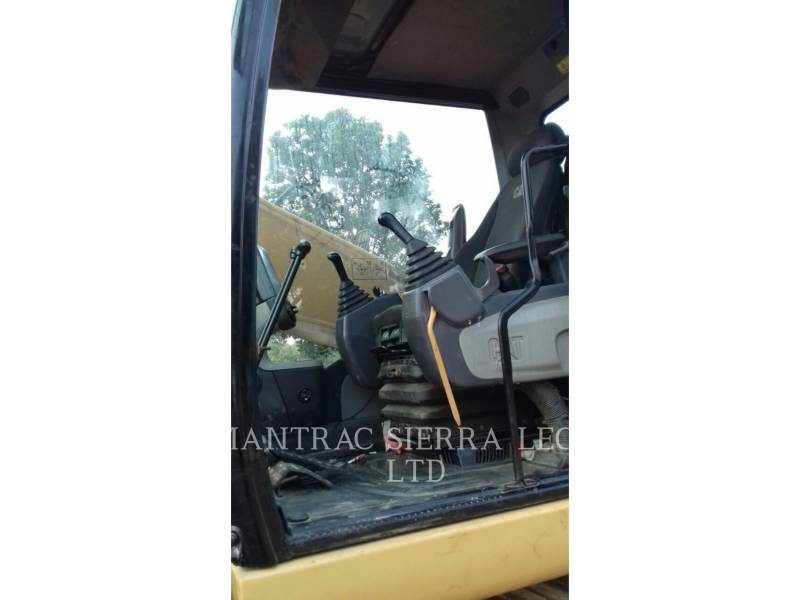 CATERPILLAR TRACK EXCAVATORS 320 D equipment  photo 13