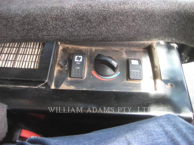 CATERPILLAR DELTALADER 247 B SERIES 3 equipment  photo 14