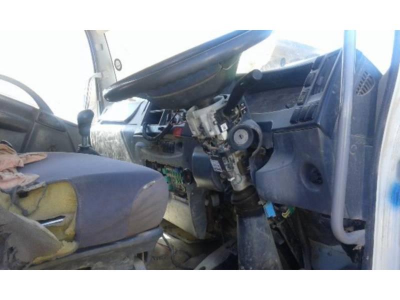 ISUZU CAMIONES DE CARRETER 850 WITH FASSI CRANE F150 equipment  photo 2
