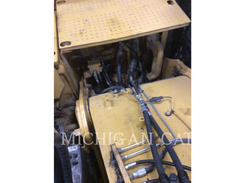 CATERPILLAR EXCAVADORAS DE CADENAS 320EL RRQ equipment  photo 12