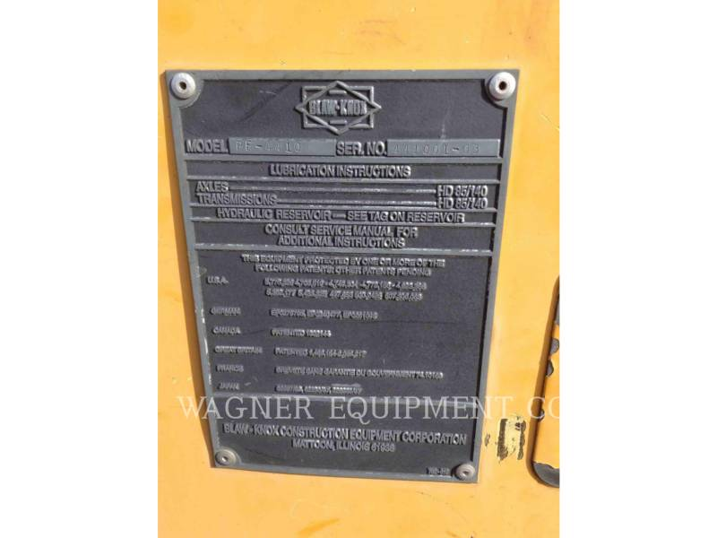 CATERPILLAR PAVIMENTADORA DE ASFALTO PF-4410 equipment  photo 11