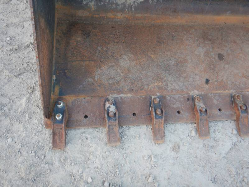 CATERPILLAR CHARGEURS TOUT TERRAIN 259 D equipment  photo 19