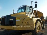 Equipment photo CATERPILLAR 735B アーティキュレートトラック 1