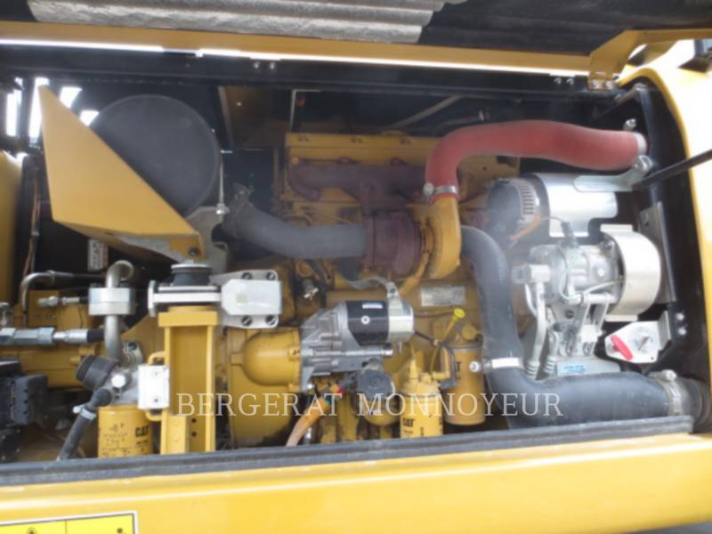 CATERPILLAR PELLES SUR PNEUS M313D equipment  photo 12
