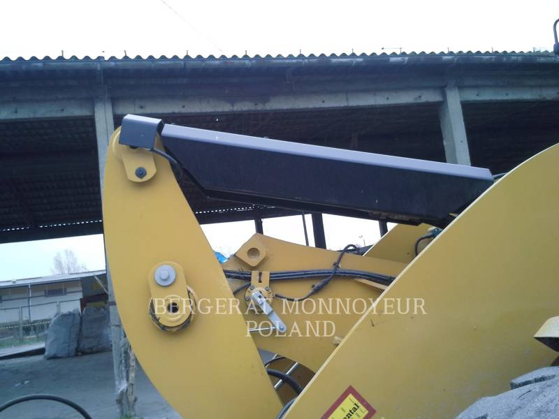 CATERPILLAR RADLADER/INDUSTRIE-RADLADER 926M equipment  photo 13