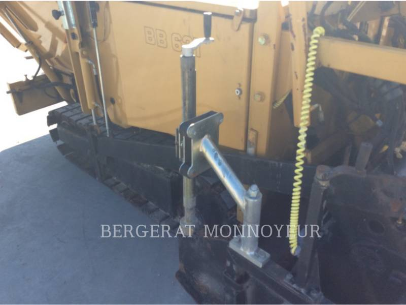 BITELLI S.P.A. ASPHALT PAVERS BB621C equipment  photo 11