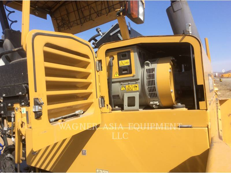 CATERPILLAR ASPHALT PAVERS AP-300 equipment  photo 10
