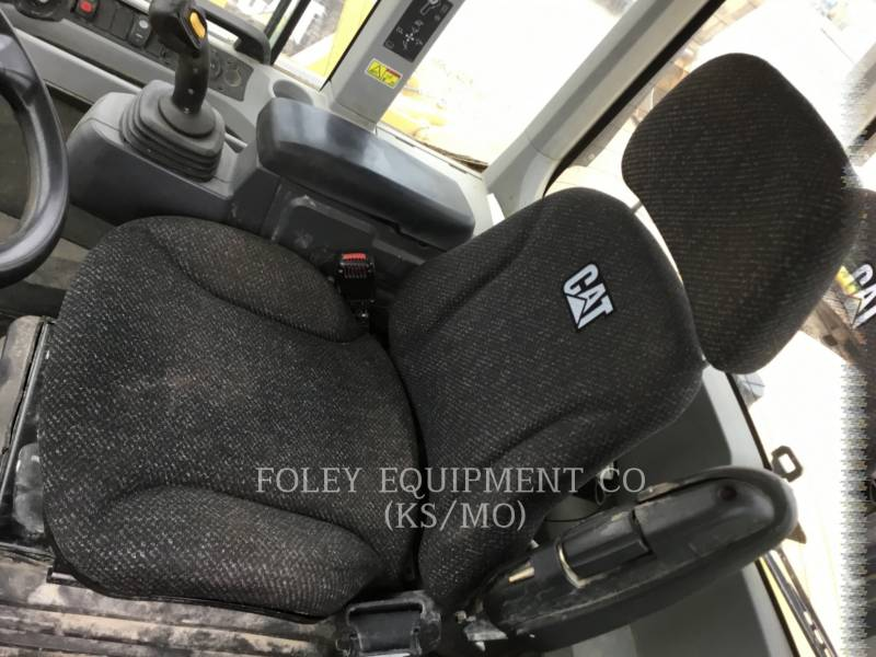CATERPILLAR WHEEL LOADERS/INTEGRATED TOOLCARRIERS 938KHL equipment  photo 5