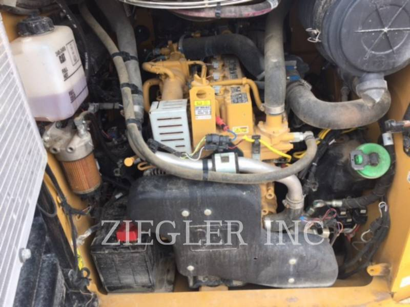 CATERPILLAR MINICARGADORAS 246DSR equipment  photo 5